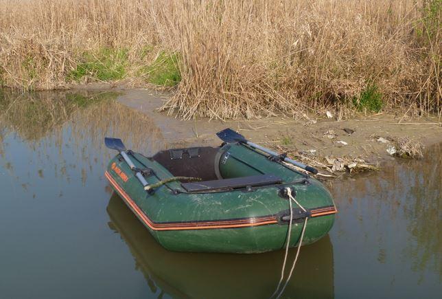Schlauchboot Wallerangeln
